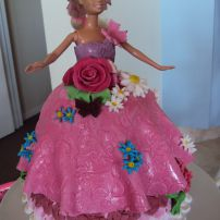The Barbie Doll cake (7)