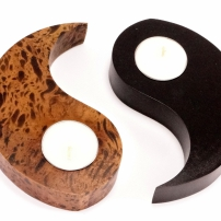 MCHS4 Mango wood candle holder Yin and Yang