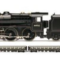 HORNBY TRAIN PACK HO SCALE