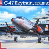 "C-47 SKYTRAIN ""BERLIN AIRLIFT"""