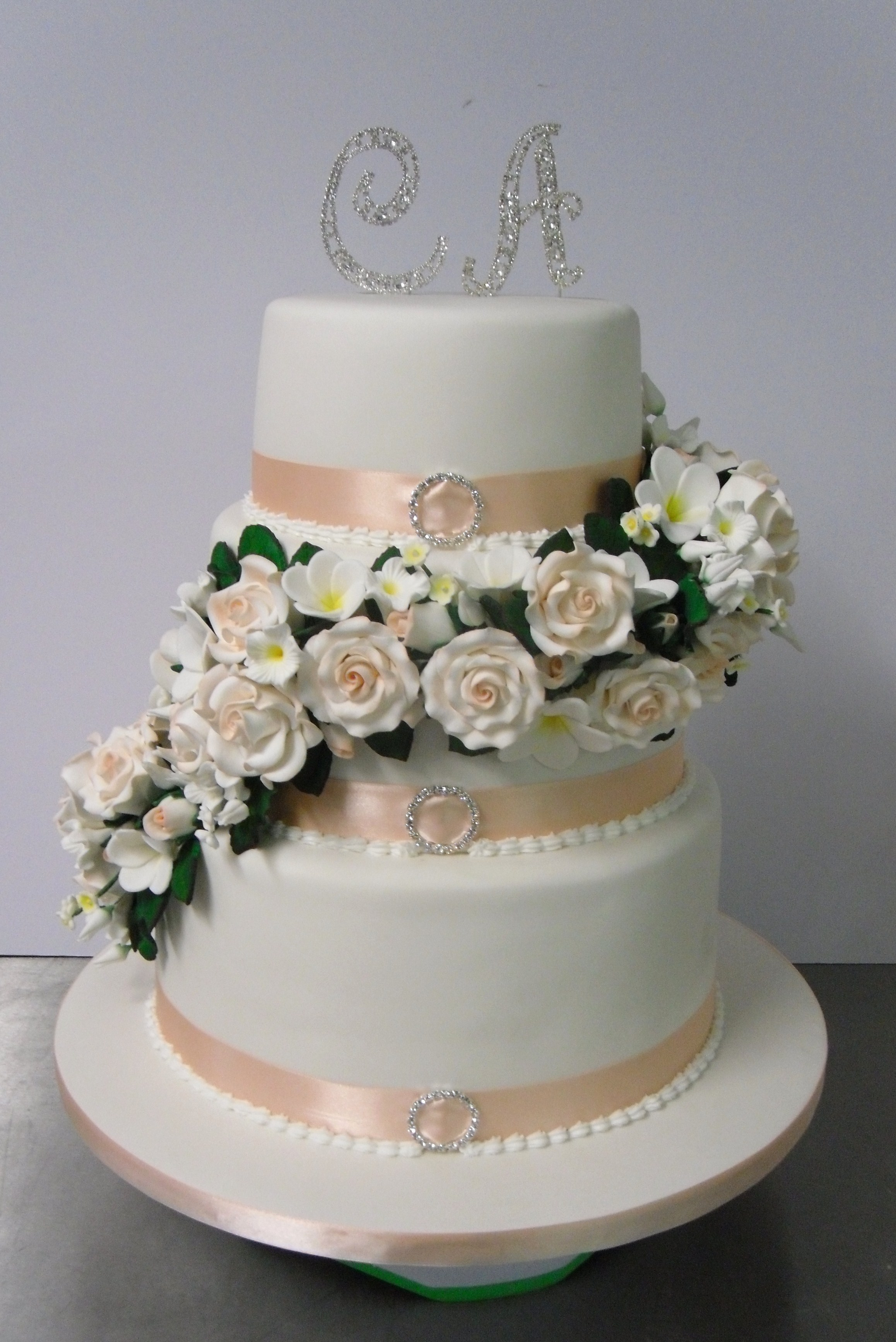 charlotte wedding cake wedding cake s heavenly cakes 12508